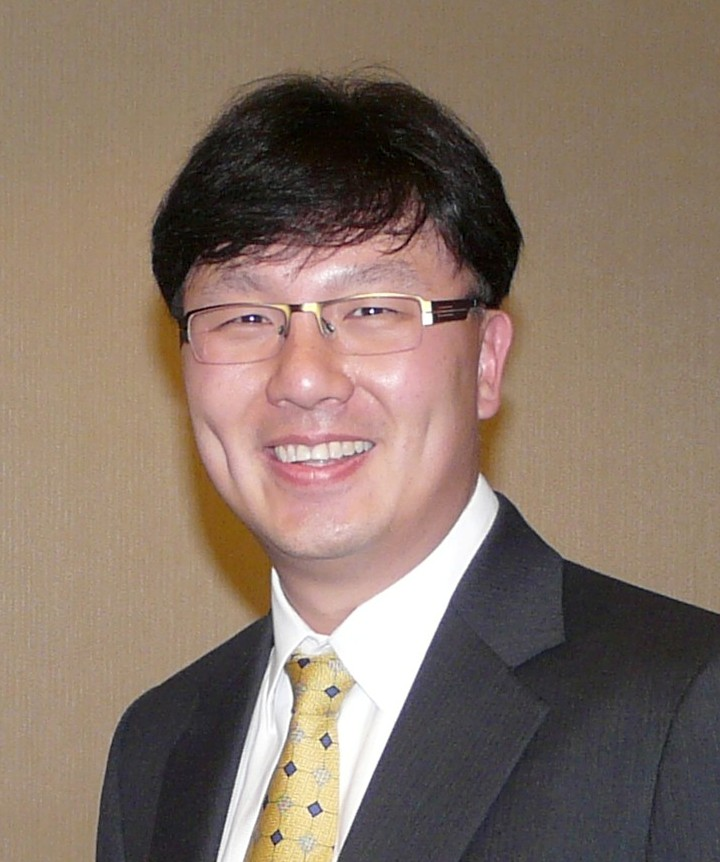 Tom Yeh, Palo Alto University Trustee